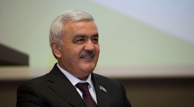 SOCAR, Türkiye'den ülkelerine dönemeyen Azerbaycan vatandaşları ile öğrencilere destek veriyor