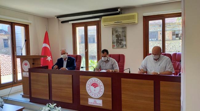 Tire'de Zeytin Sineğine Karşı Toplu Mücadele Protokolü İmzalandı