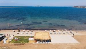 Cunda Adası Yeni Bir Plaja Kavuştu