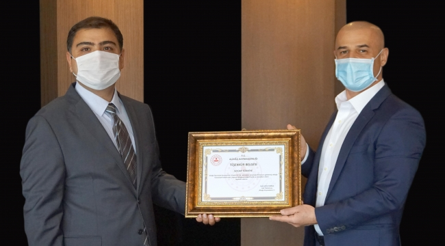 İzmir Vali Yardımcısı'ndan Kovid-19 sürecindeki desteği için SOCAR Türkiye'ye teşekkür ziyareti