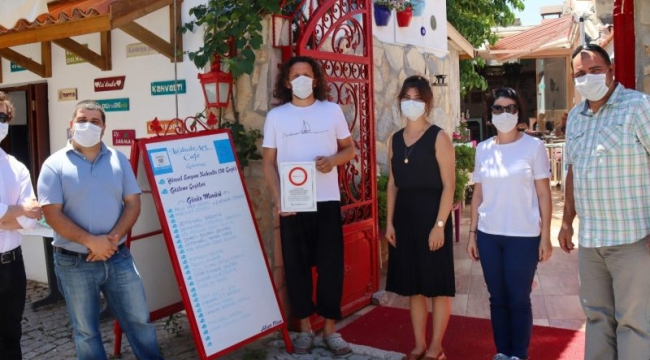 Seferihisar'da Turuncu Çember Sayısı Çoğalıyor