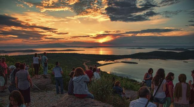 Türkiye'nin 22 Adasıyla En Özel Turizm Beldesi Ayvalık