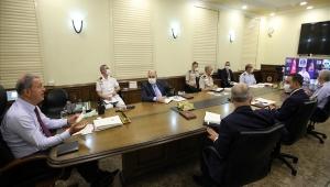 Millî Savunma Bakanı Hulusi Akar, Video Telekonferans Yöntemiyle Birlik Komutanlarına Seslendi