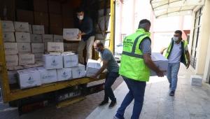 Buca Belediyesi'nden okullara 100 tonluk hijyen malzemesi