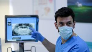 Pandemi sırasında diş hekimi ziyaretlerini geciktirmeyin