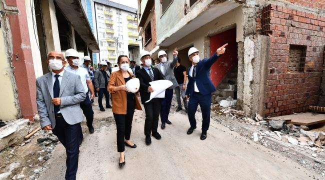Başkan Soyer ikinci etap çalışmalarını inceledi,Örnekköy kentsel dönüşümde örnek olacak