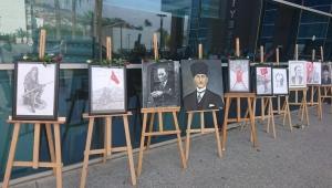 """Bayraklı'da """"Biz Cumhuriyet'iz"""" Resim Sergisi"""