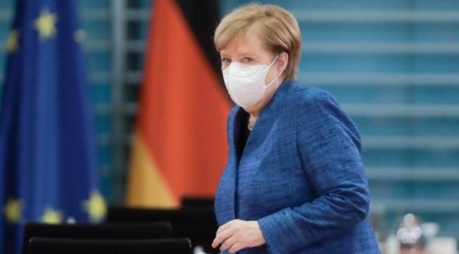 Merkel: Bizi çok zor aylar bekliyor