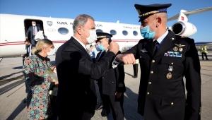 Milli Savunma Bakanı Hulusi Akar İtalya'da