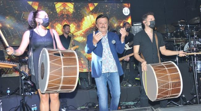 Selami Şahin İzmir Nevizade'nin Açılışını Yaptı!