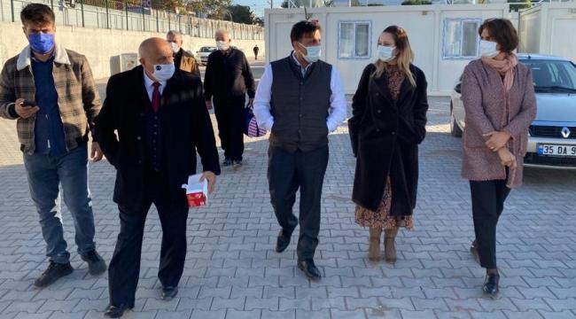 """AK Partili Bekle Başkan Oran'a sert çıktı: """"Oran, Çeşme'ye 100 garibanı sığdıramadı"""""""