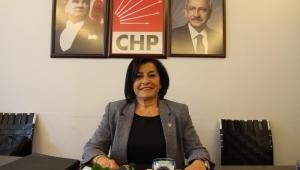 CHP Konak Kadın Kollarından Anlamlı 25 Kasım Açıklaması