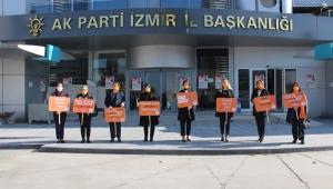 İl Kadın Kolları Başkanı Dilek Yıldız Büyükdağ;'' Kadına şiddet en büyük acizlik ve cahilliktir.''