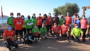 İstanbul Maratonu'na Kuşadası'ndan Destek