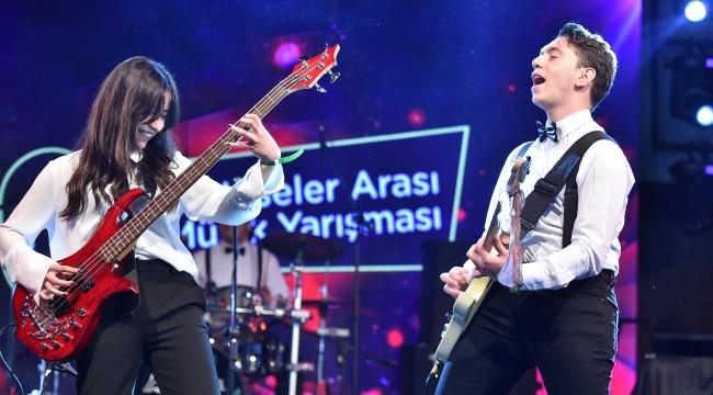 İzmirli Liseliler İçin İphana 23.Türkiye On-Lıne Müzik Yarışması Heyecanı