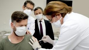 Yerli aşı adayının ikinci dozu yapıldı