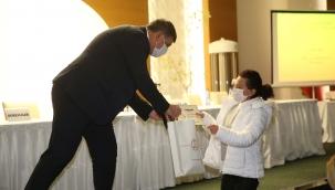 Başkan Tugay'dan hasar tespiti görevlilerine teşekkür töreni