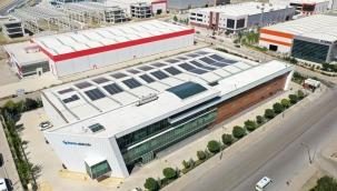 Sanayi Tesisleri ve AVM'ler Tasarruf için Çatılarını Güneş Panelleri ile Kaplıyor