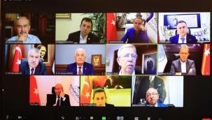 11 CHP'li Büyükşehir Belediye Başkanı İnternet Üzerinden Bir Araya Geldi