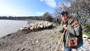 Büyükşehir'in desteği ile çiftçinin yüzü güldü