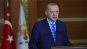 """Cumhurbaşkanı Erdoğan: """"Halkbank tarafından esnafa kullandırılan 6 aylık dönemde ödenmesi gereken taksitleri ertelenecektir"""""""