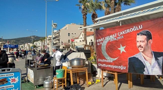 Foça'da Esnaf Fırat Yılmaz Çakıroğlunu Unutmadı