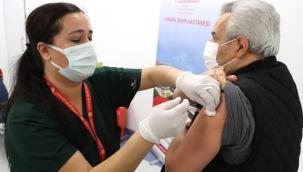 Koronavirüste toplam aşılama 6 milyonu geçti