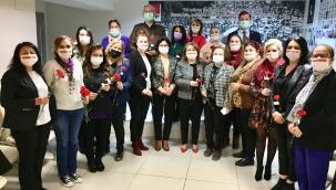 CHP'nin Kadınları Tek Yürek Oldu