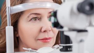 Gözdeki Sinek Uçuşmaları Hastalık Habercisi Olabilir!