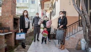 """Kuşadası Belediyesi 3 Ayda 97 Bebeğe """"Hoş Geldin"""" Dedi"""