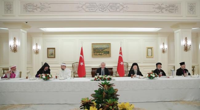 Cumhurbaşkanı Erdoğan, azınlık cemaatlerinin temsilcileriyle iftarda bir araya geldi