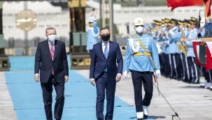 Cumhurbaşkanı Erdoğan, Polonya Cumhurbaşkanı Duda'yı resmi törenle karşıladı