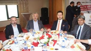 AK Parti İzmir'den yerel yönetimler zirvesi