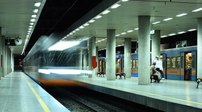 İstanbul'un Metrolarına İnternet Geliyor