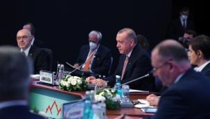 """""""Türkiye'nin tam üye olarak yer almadığı bir Avrupa Birliği'nin, çekim ve güç merkezi olma hedefine ulaşması mümkün değildir"""""""