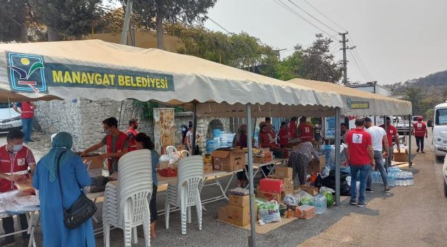 Antalya'daki yangında zarar görenlere Kızılay'dan destek
