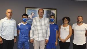 Badmintonda İzmir'in gururu oldular