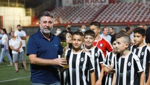 Bayraklı'daki Turnuvada Muhteşem Final