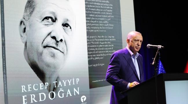 """Cumhurbaşkanı Erdoğan: """"İslam düşmanlığı, Müslümanların günlük hayatını zorlaştıran, devlet politikalarına yön veren, sosyal barışı tehdit eden yıkıcı bir akıma dönüşmüştür"""""""