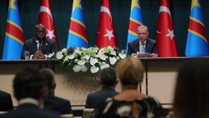 """Erdoğan; """"Afrika'yla ilişkilerimizin özü; samimiyet, kardeşlik, dayanışmadır"""""""