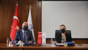 İzmir'in İki Köklü Kurumundan İş Birliği Protokolü