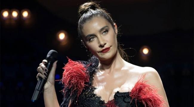 Sıla Uzun Zaman Sonra İlk Konserini İzmir'de Verecek
