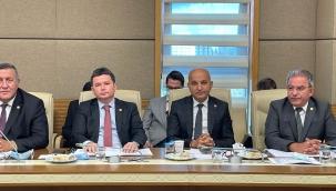 CHP'li Polat'tan Bakanlıklara çağrı: İzmir Tarımı incelensin!