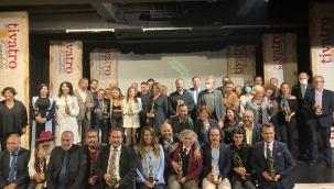 Kuşadası Belediyesi'nin Engelsiz Tiyatro Projesine Sosyal Sorumluluk Ödülü